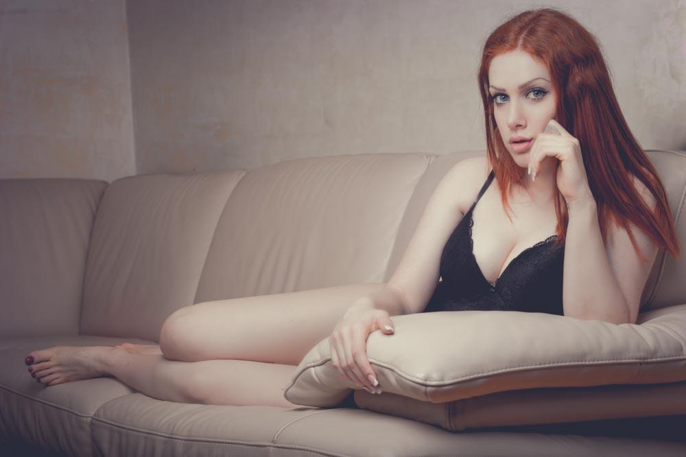 Idee Pose Fotografiche : Pose boudoir come mettersi in posa per un servizio fotografico