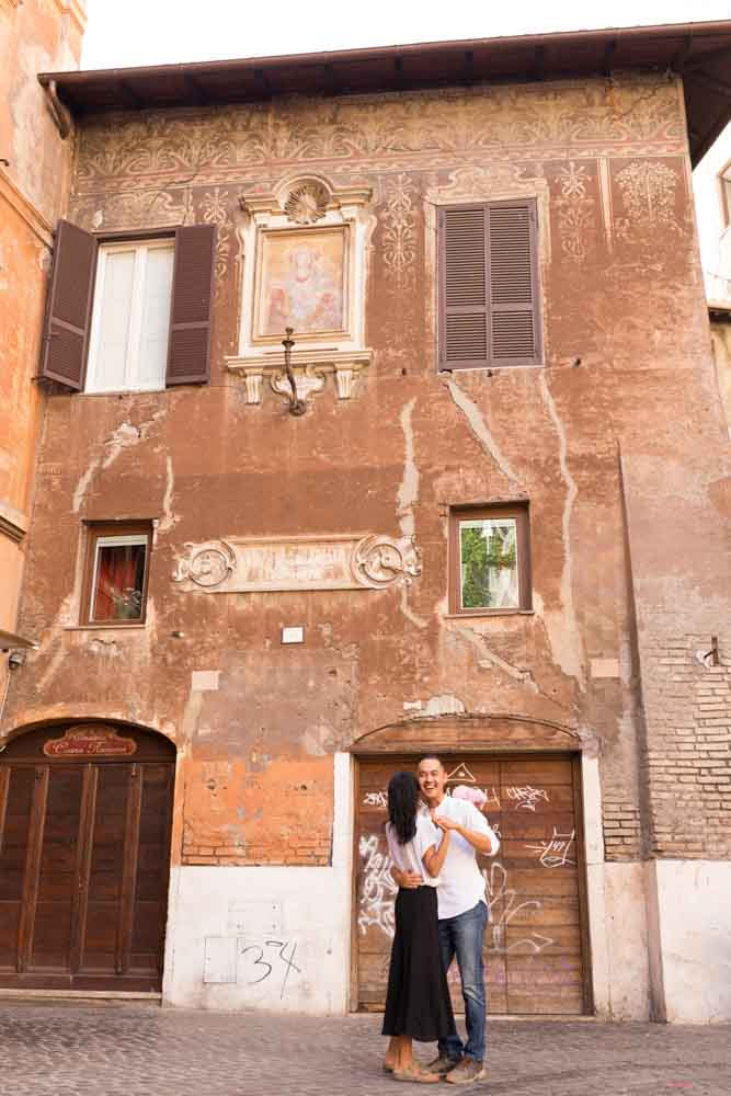 elopement session in rome